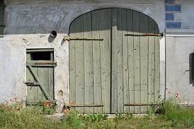 facade-1479592_640